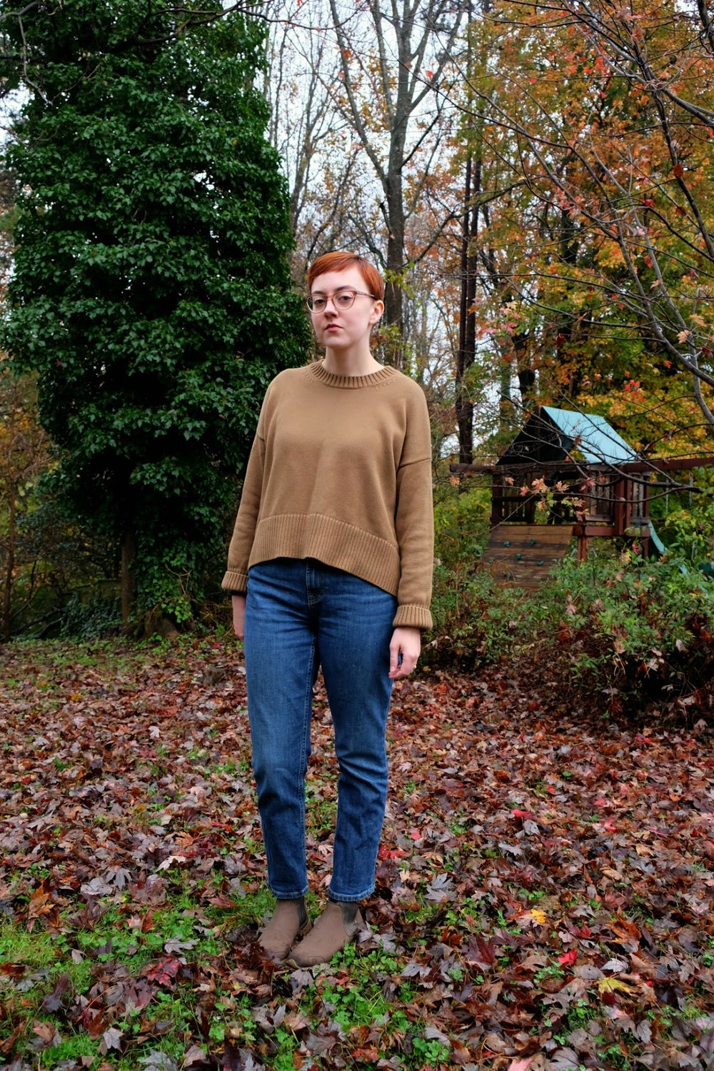 Everlane Review Soft Cotton Square Crew Sweater stylewise-blog.com