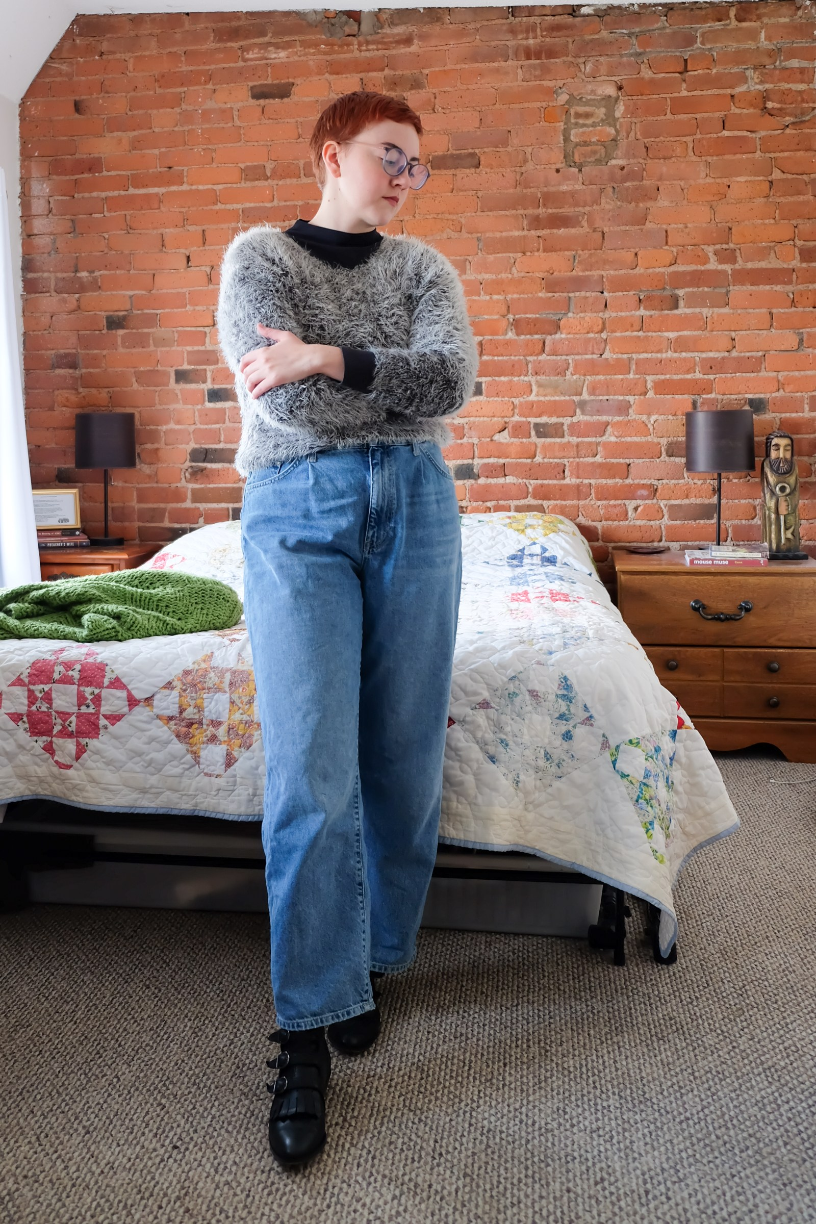 90s style baggy jeans