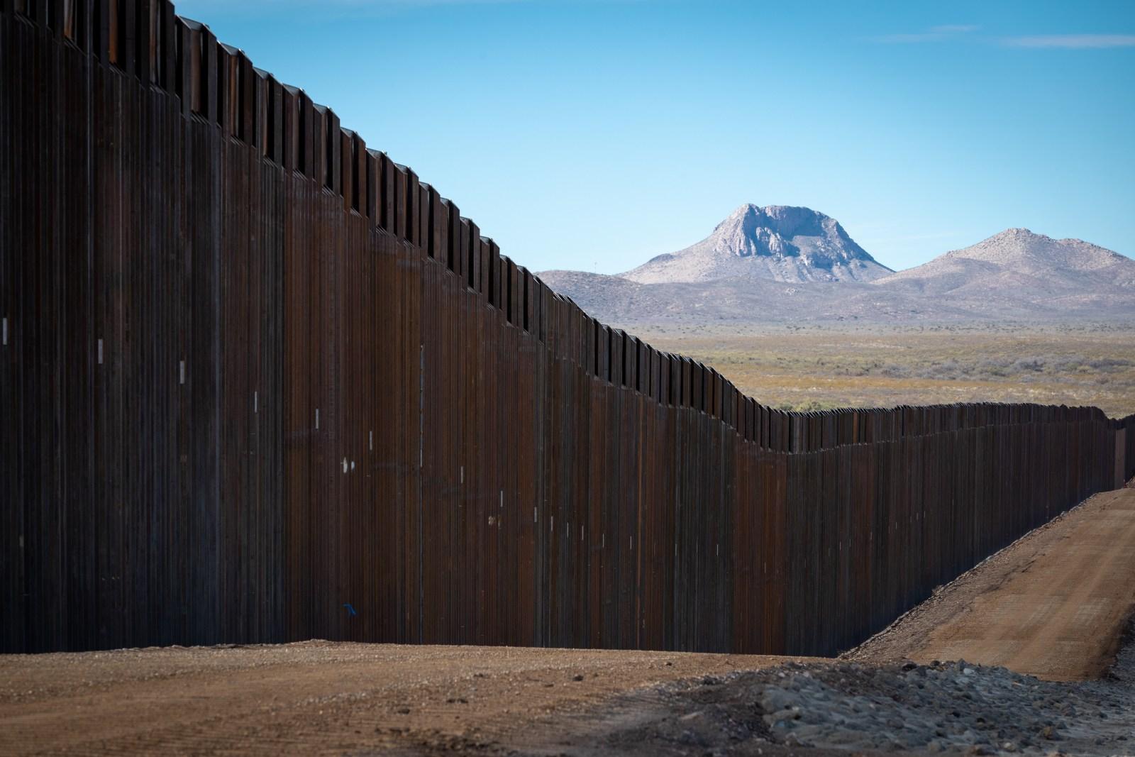 Biden the Border Crisis - border wall arizona